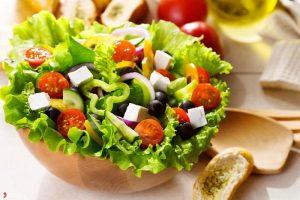 cách trộn salad