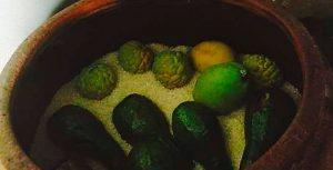 Mẹo ủ trái cây trong thùng gạ