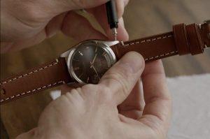 Mẹo thay dây đồng hồ bạn cần nhớ để khi cần là dùng ngay